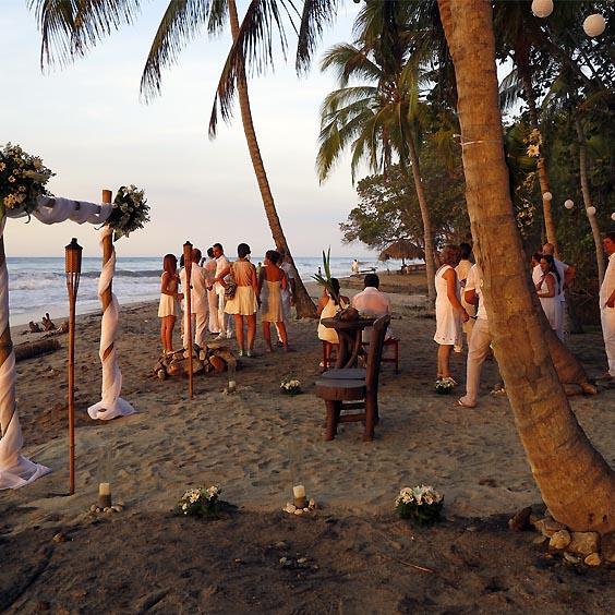 Cotización matrimonio en la playa en Santa Marta Finca La Jorará